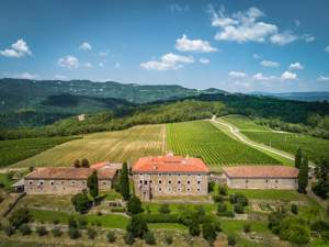 Belaj Castle – For Princesses, But Also for Wine Enthusiasts